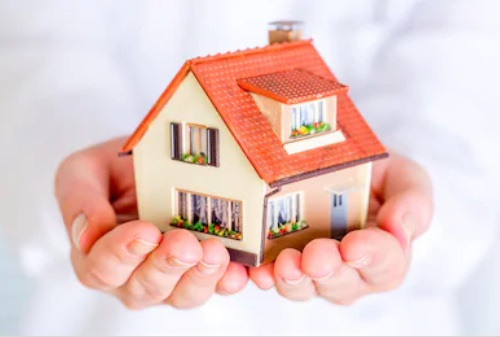 How To Sell A House To A Family Member
