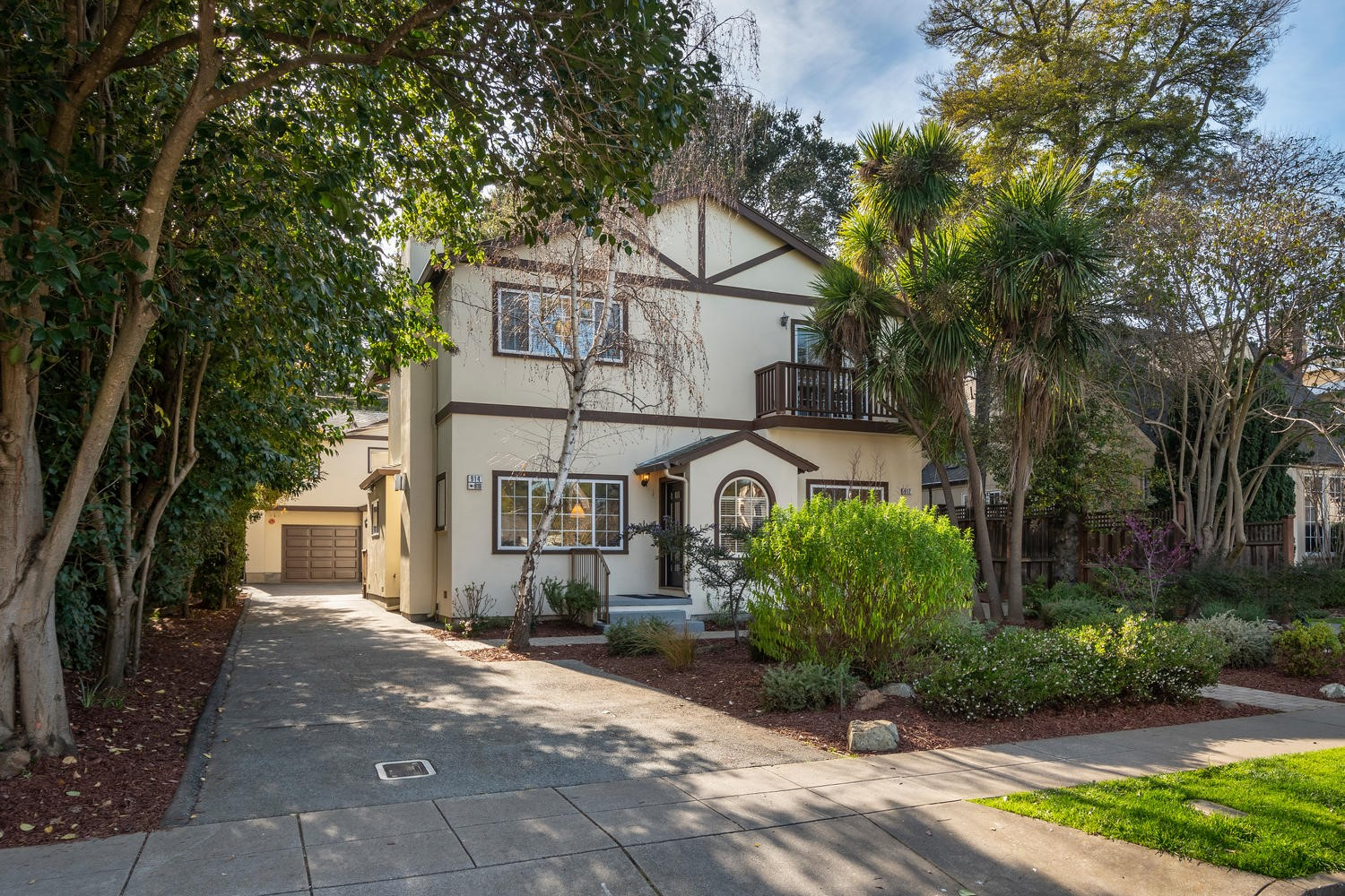 SOLD: 914 Palm Ave, San Mateo, CA 94401